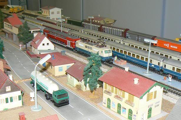 Modelbaan bouwen en modelbaan herbouwen verhuizen for Depot freudenstadt